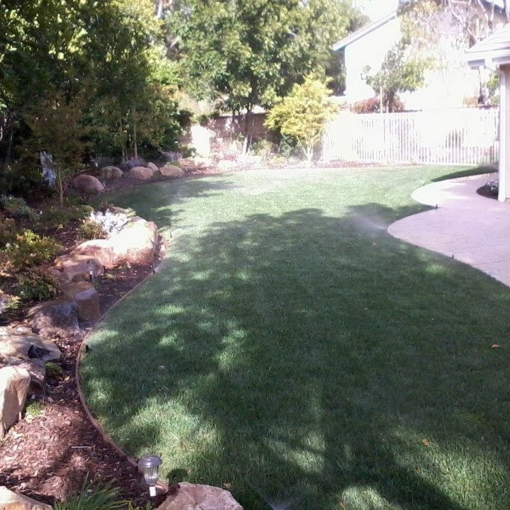 Josue's Landscaping & Tree Service image 1