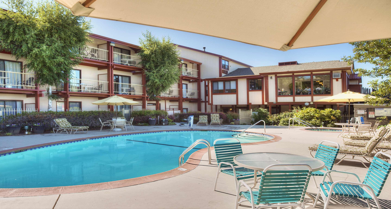 Best Western Plus Humboldt House Inn image 32
