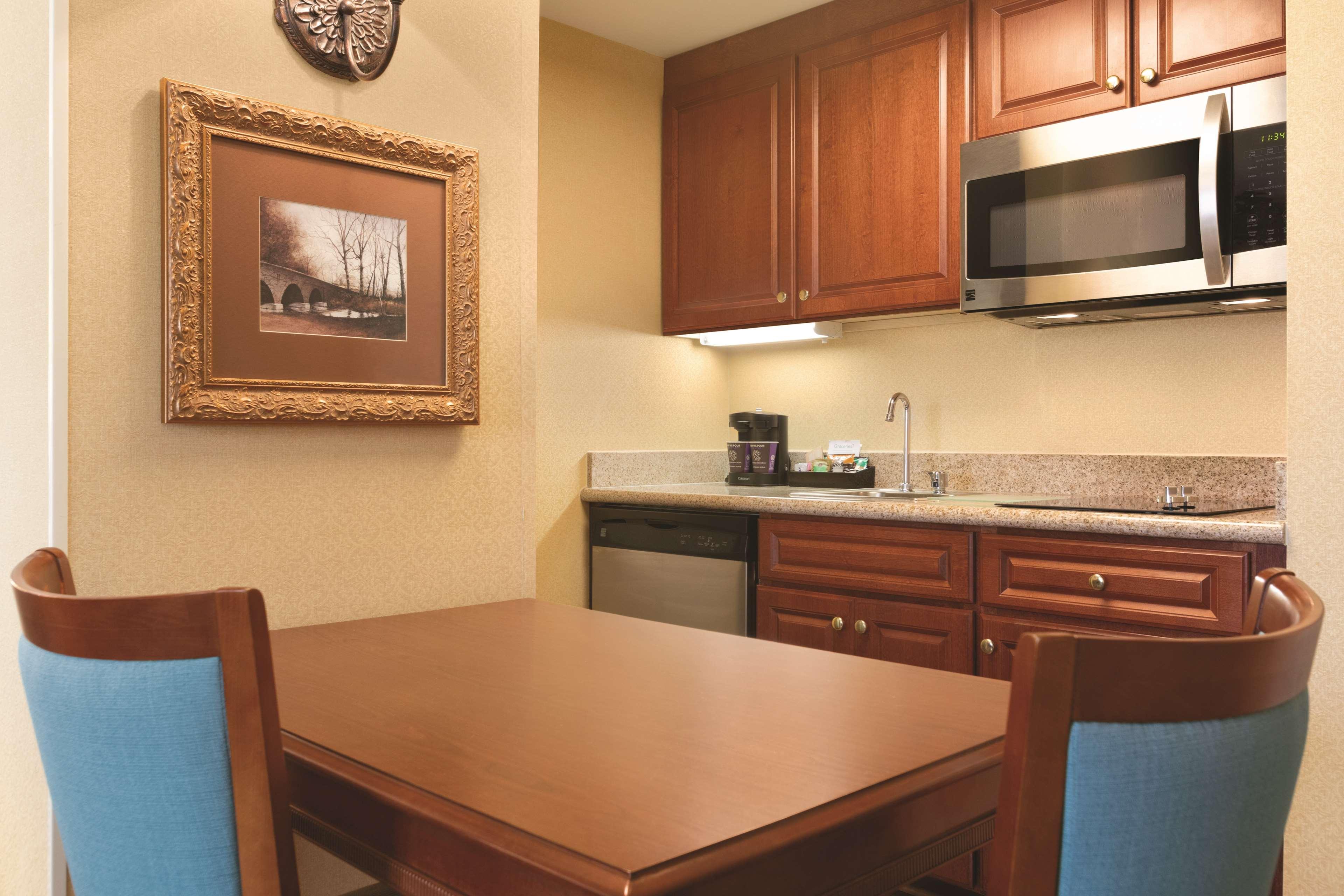 Homewood Suites by Hilton Detroit-Troy image 17