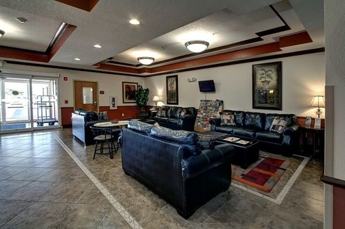 Holiday Inn Express & Suites Inverness-Lecanto image 2