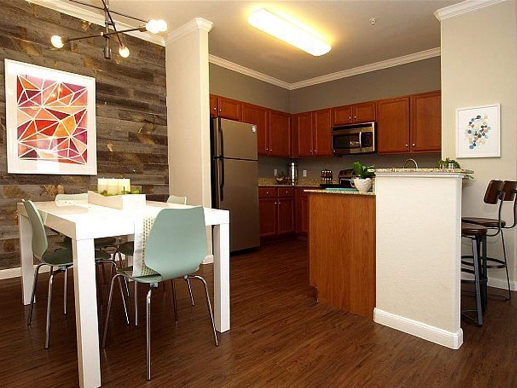 Fox Hill Apartments