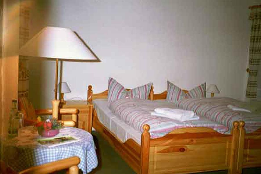 Bild der Gaststätte und Pension Waldhof