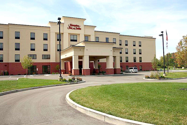 Hampton Inn & Suites Dayton-Airport image 1