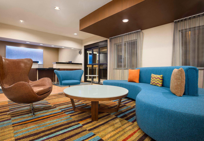 Fairfield Inn & Suites by Marriott Minneapolis-St. Paul Airport image 10
