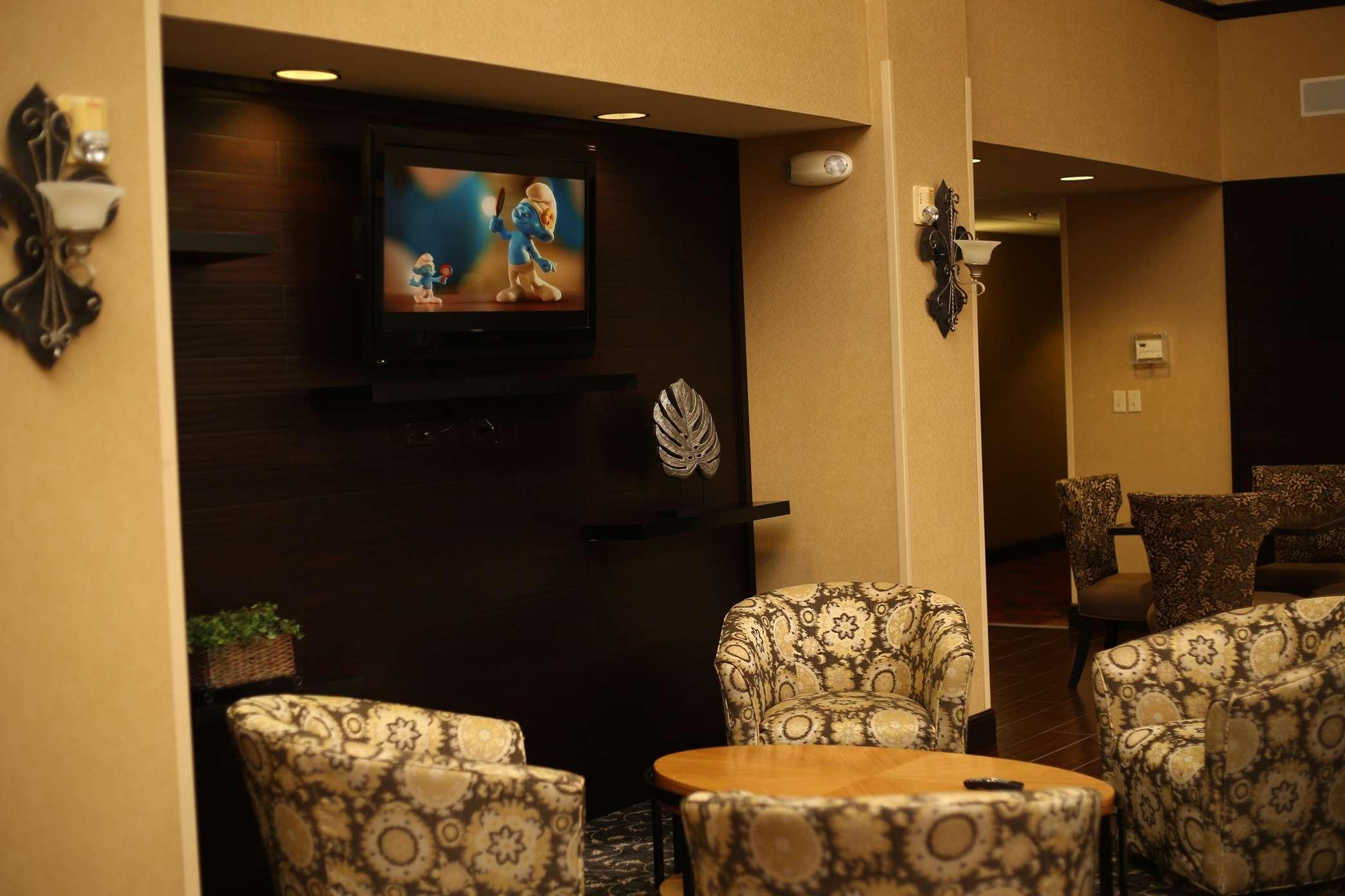 Hampton Inn & Suites Lafayette image 0