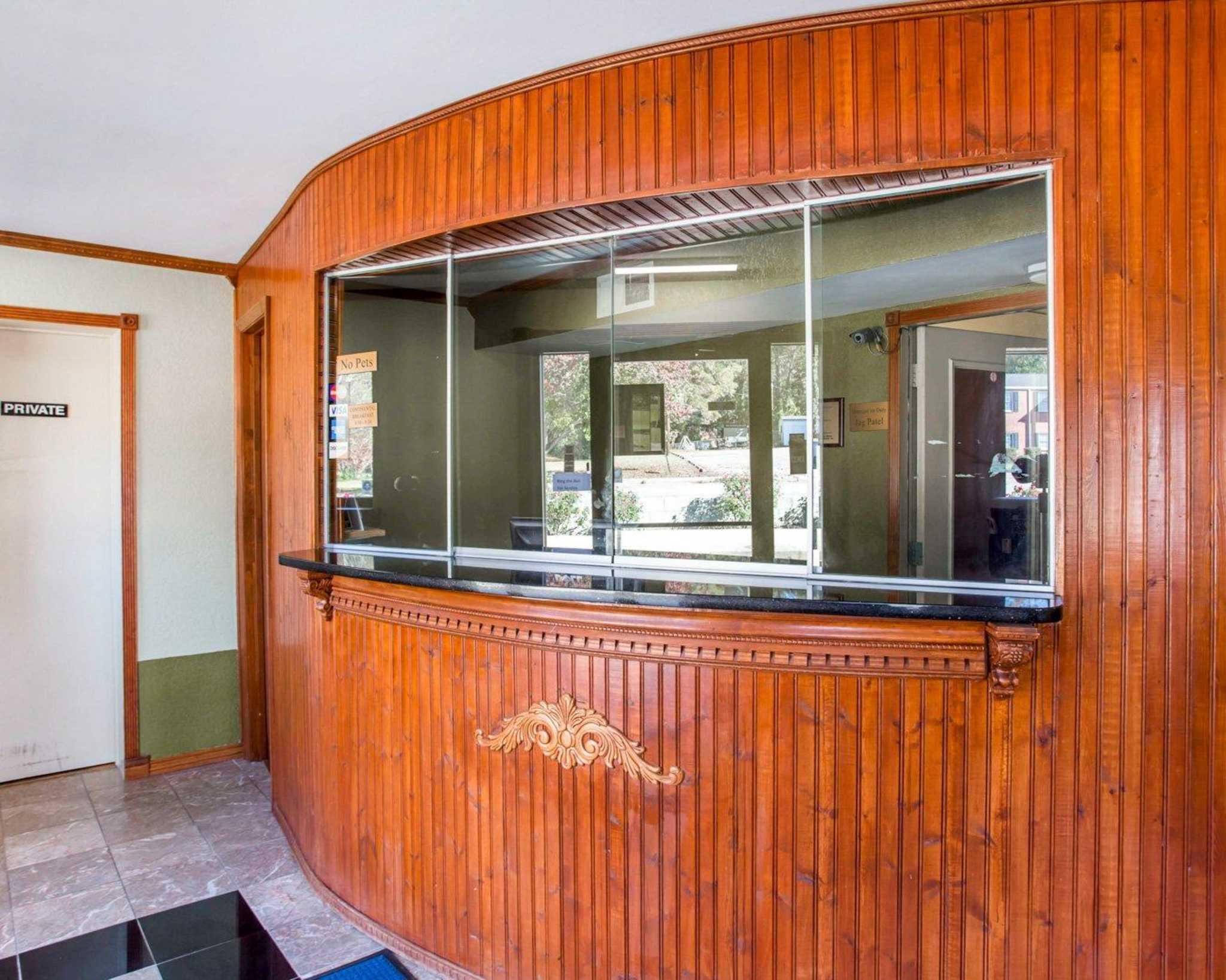 Rodeway Inn & Suites Fort Jackson image 15