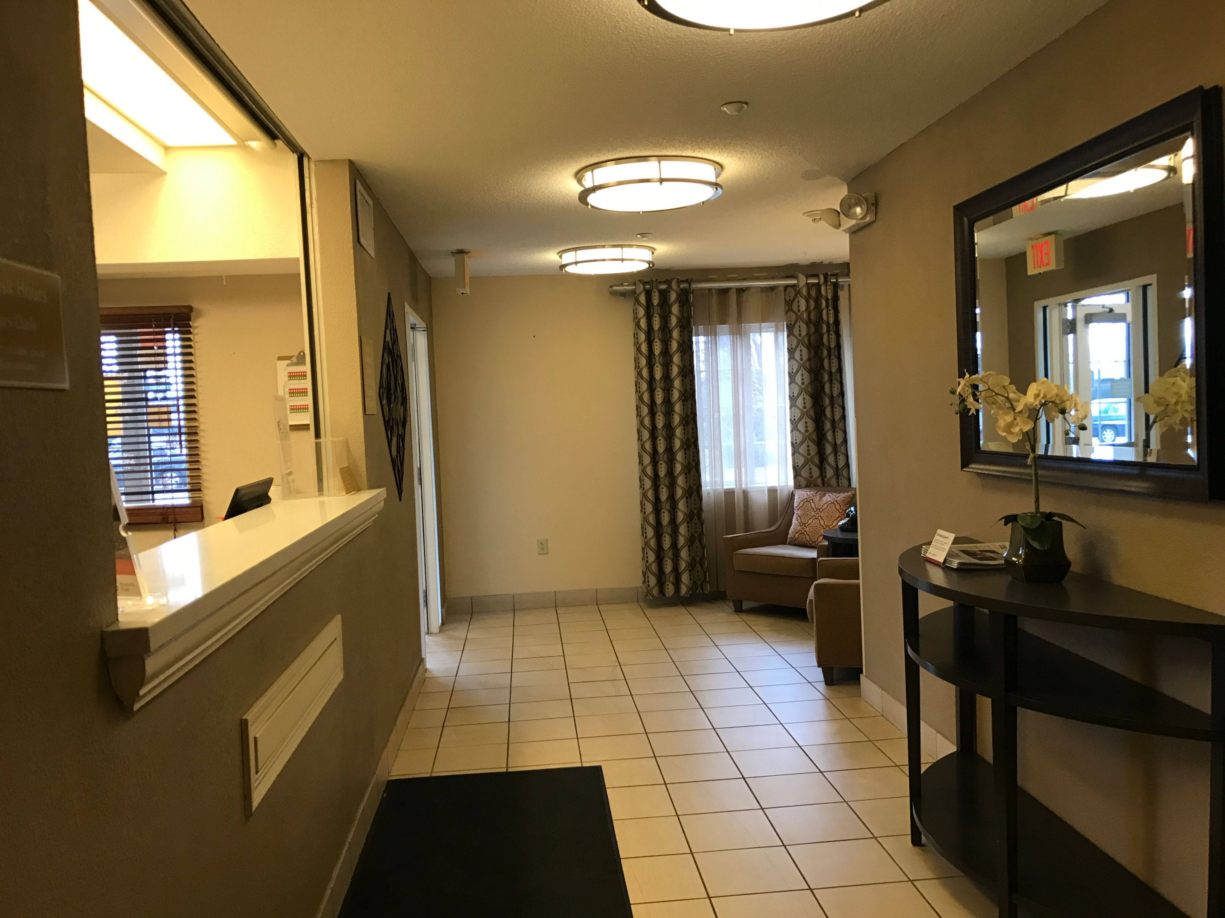 Candlewood Suites Chicago/Naperville image 6
