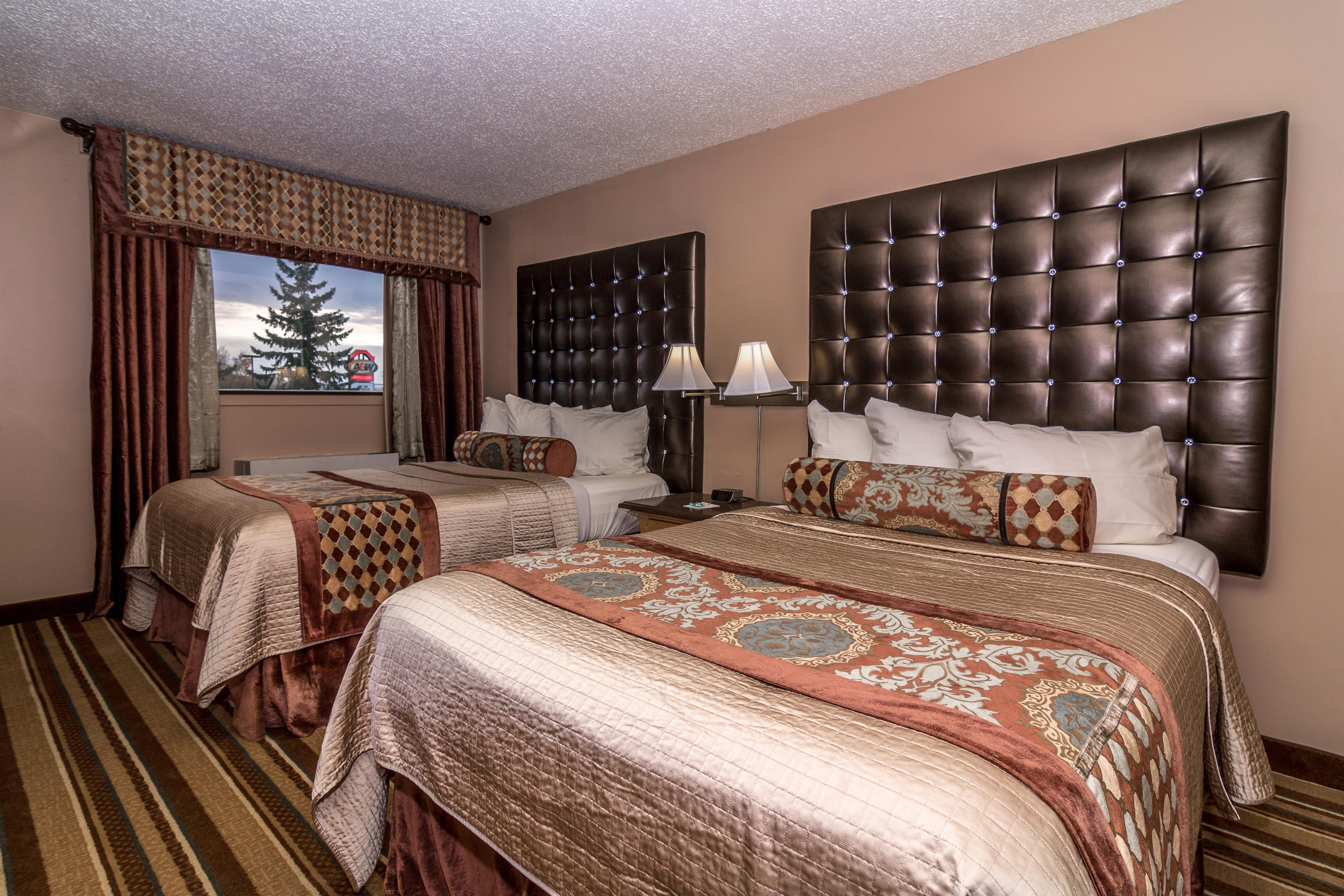 Best Western Marquis Inn & Suites in Prince Albert: Two Queen Beds