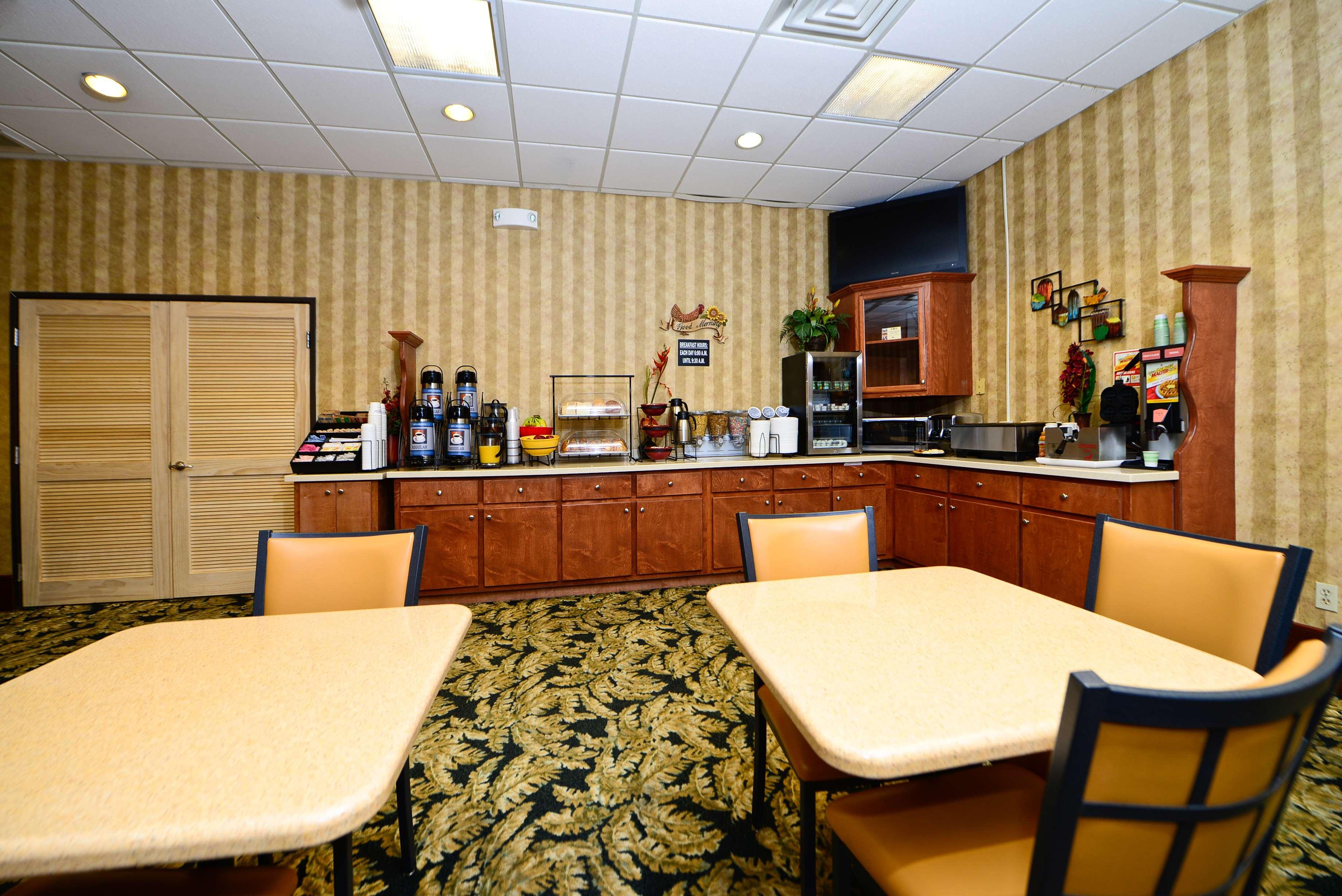 Best Western Fayetteville Inn image 25