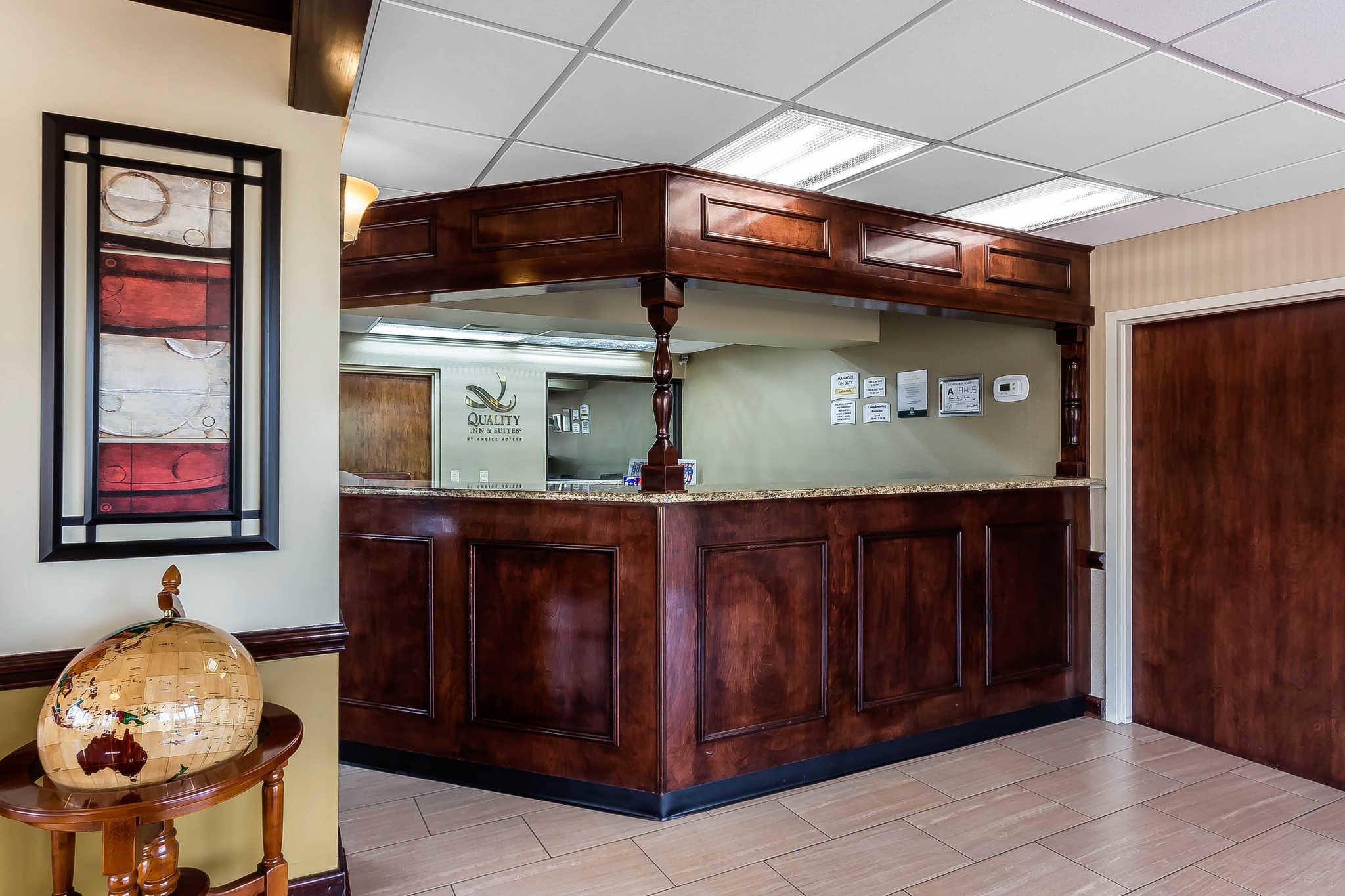 Quality Inn & Suites Mooresville-Lake Norman image 5