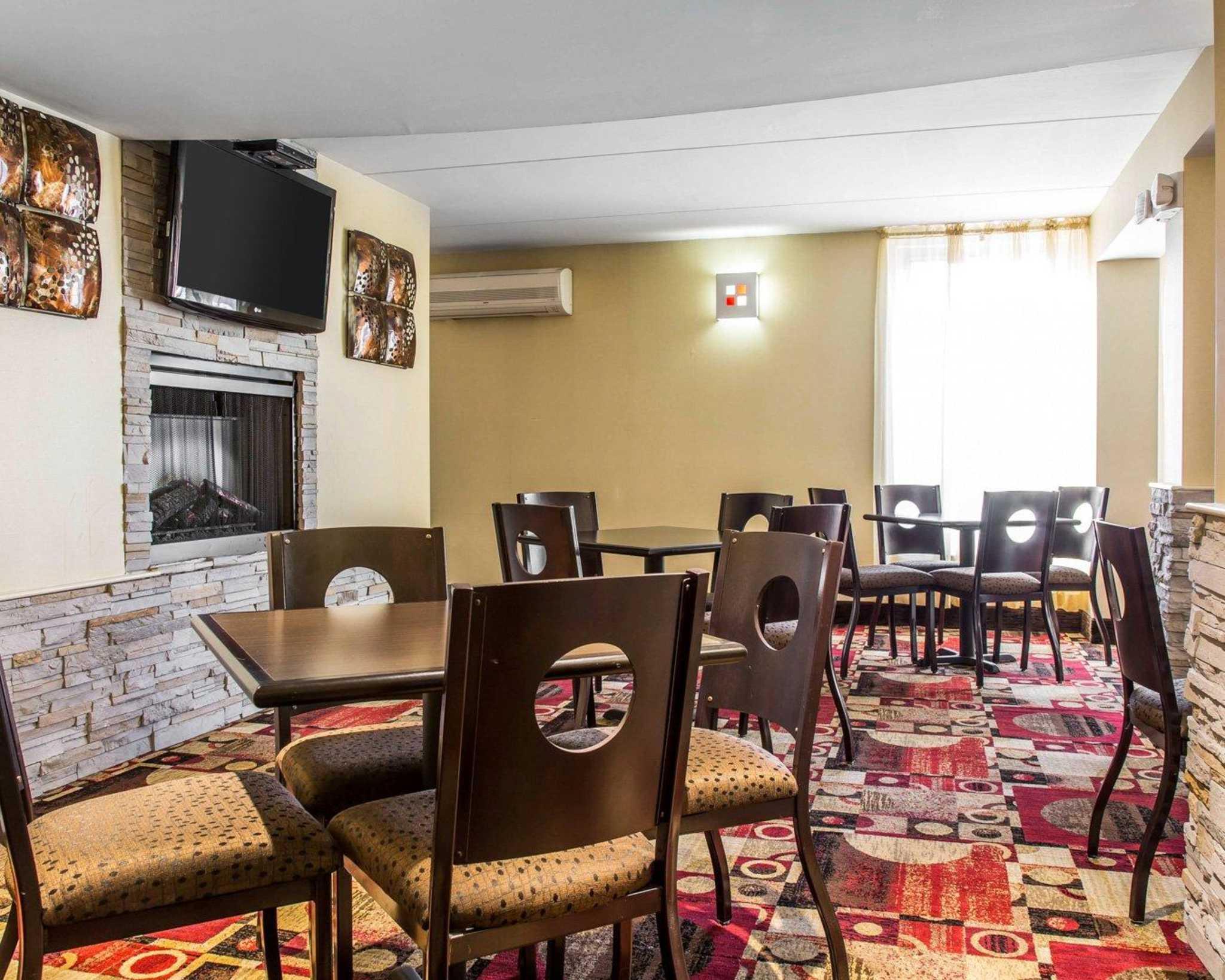 Comfort Inn & Suites East Hartford - Hartford image 23