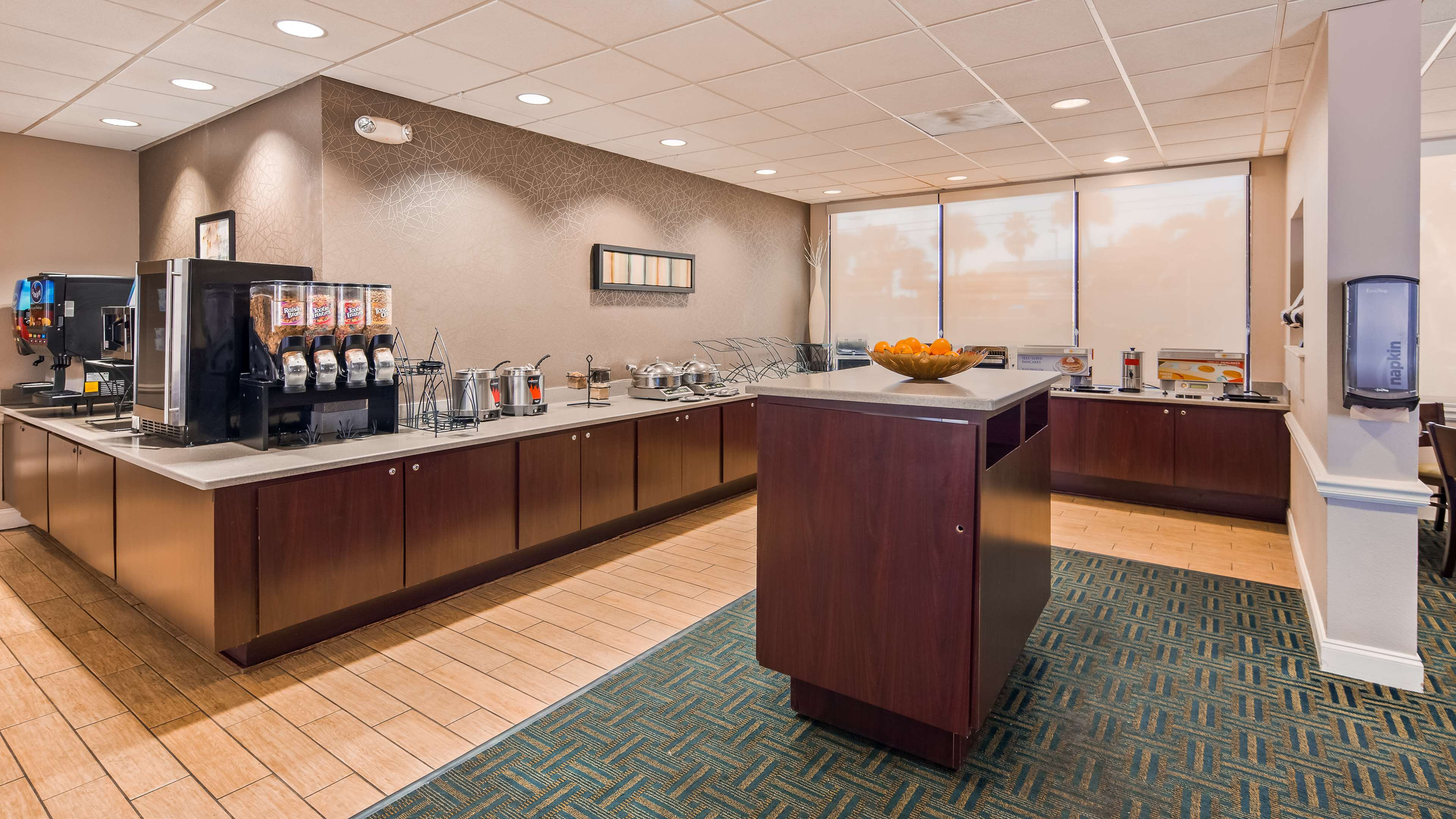 Best Western Cocoa Beach Hotel & Suites image 13