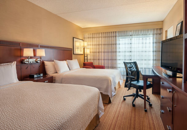 Courtyard by Marriott Boston Marlborough image 3