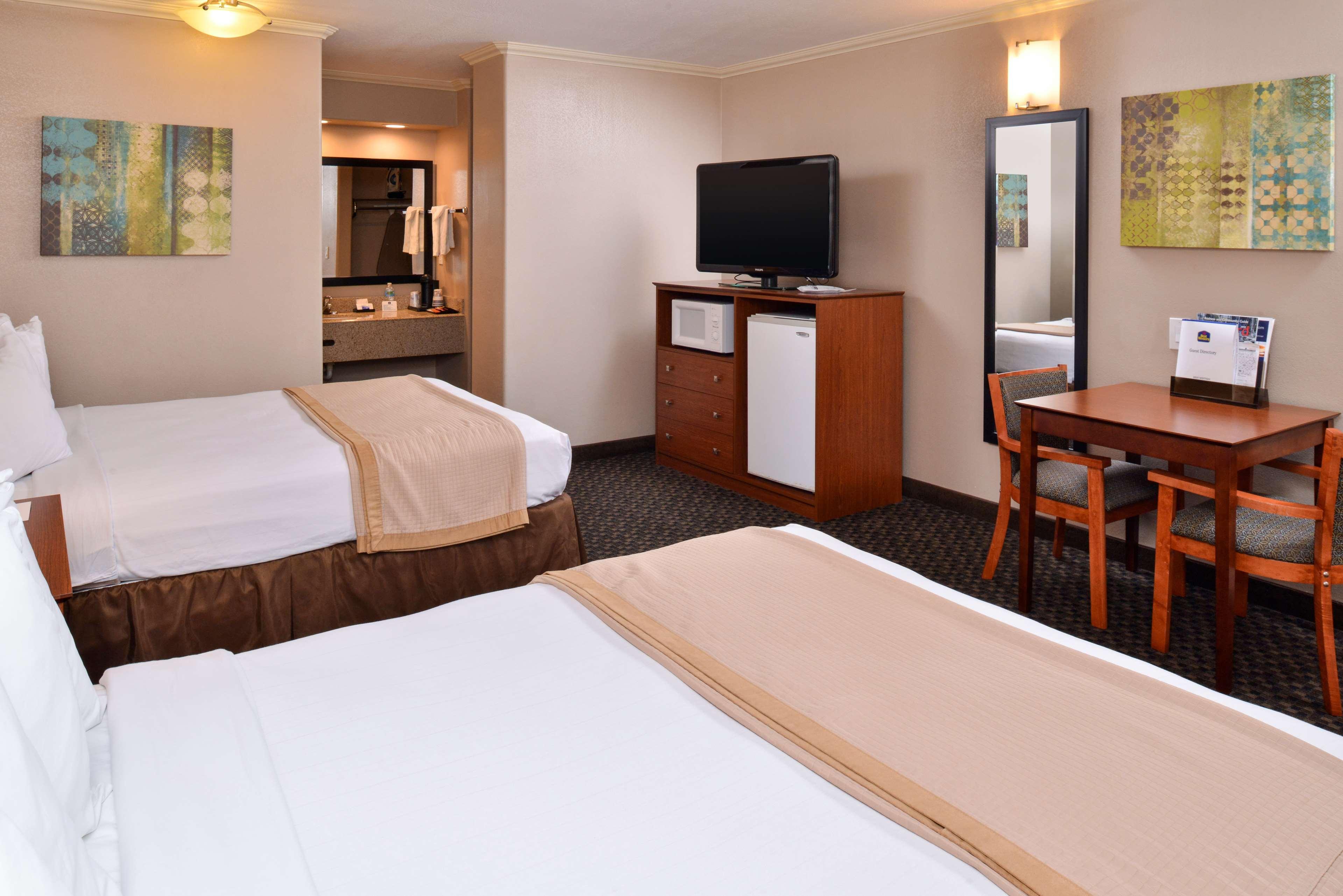 Best Western Oxnard Inn image 29