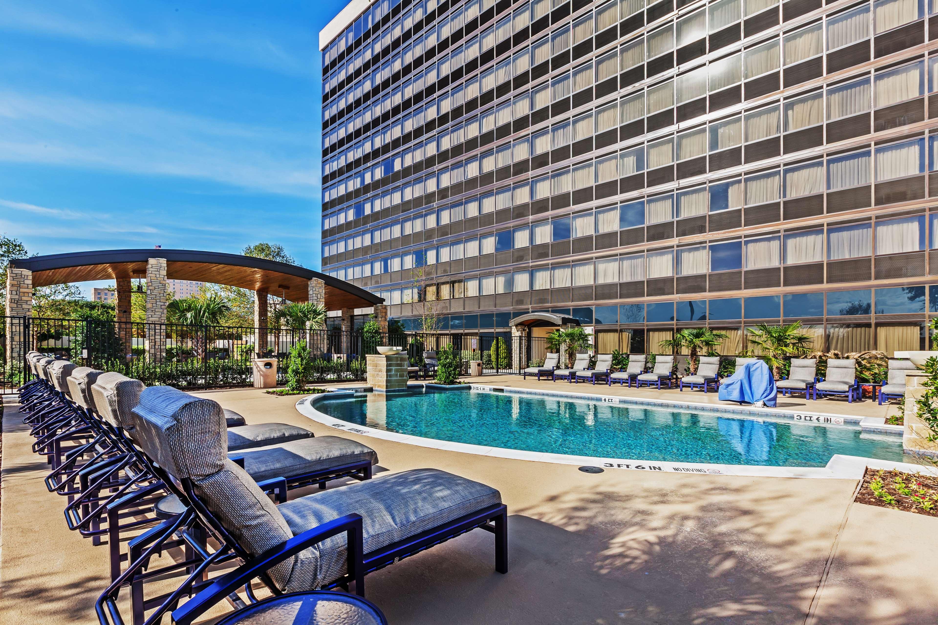 Hilton Waco image 12