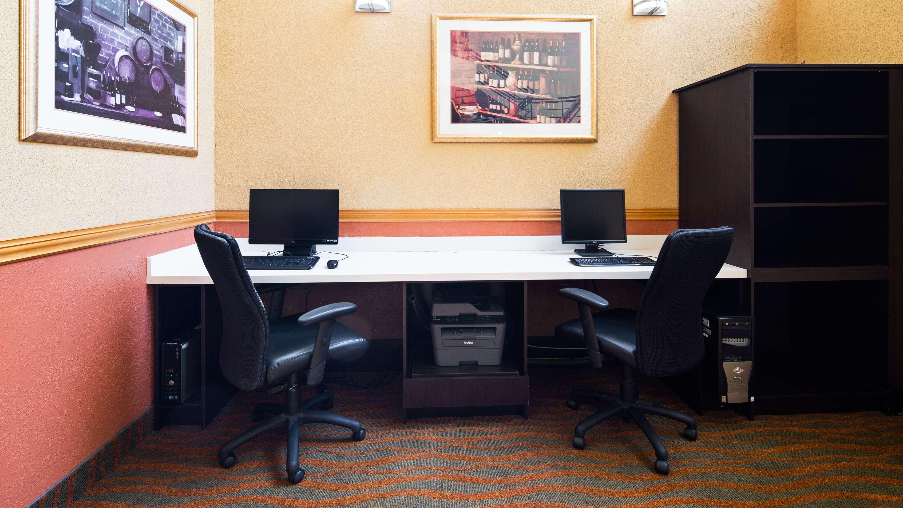 Best Western Little River Inn à Simcoe: Business Center