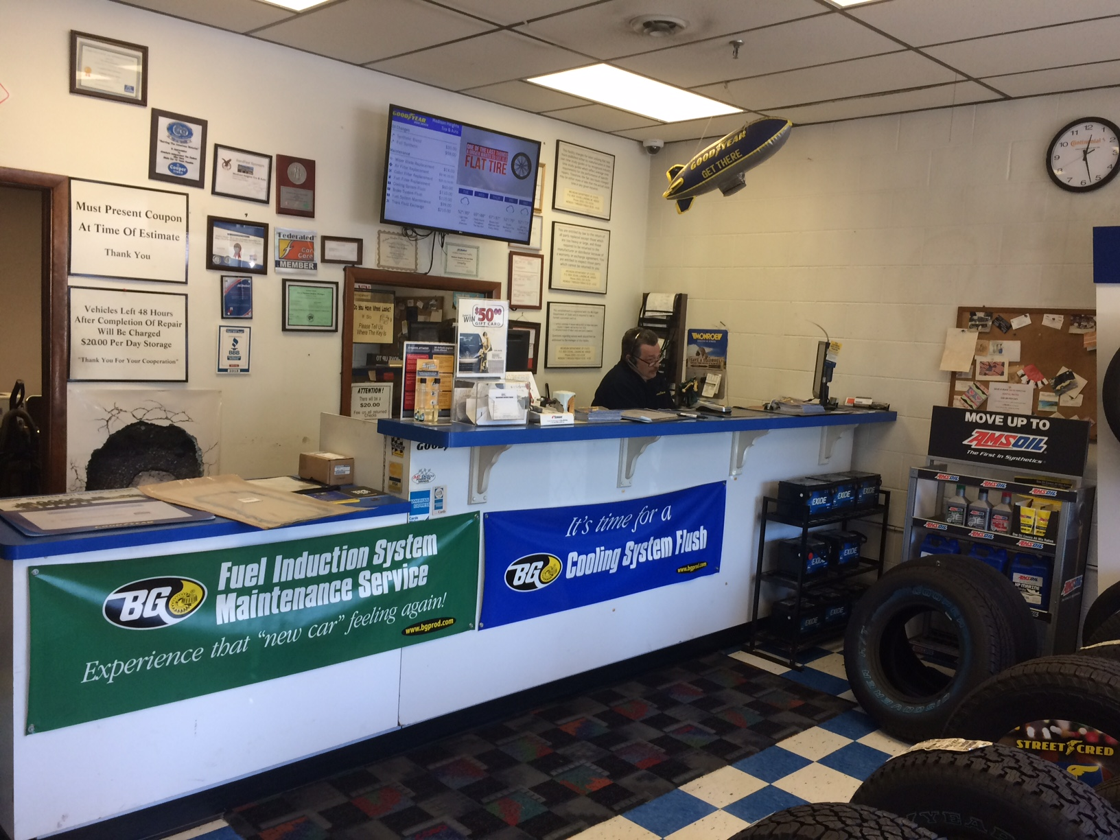 Madison Heights Tire & Auto image 3
