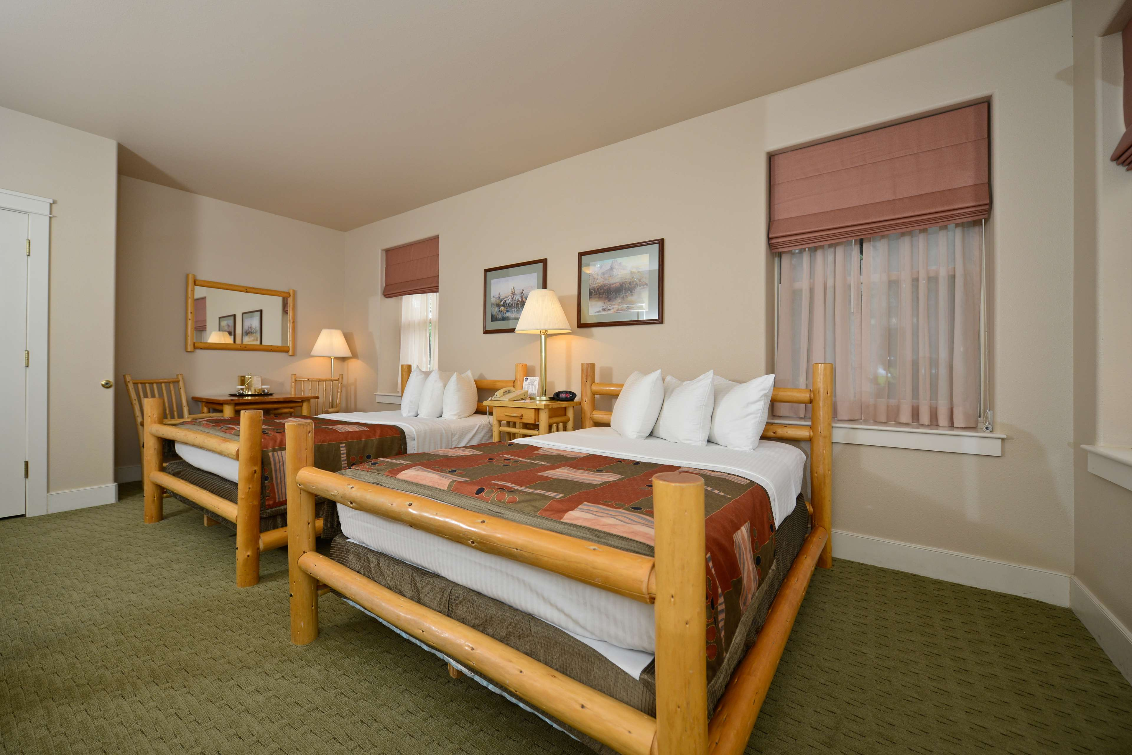 Best Western Plus Plaza Hotel image 39