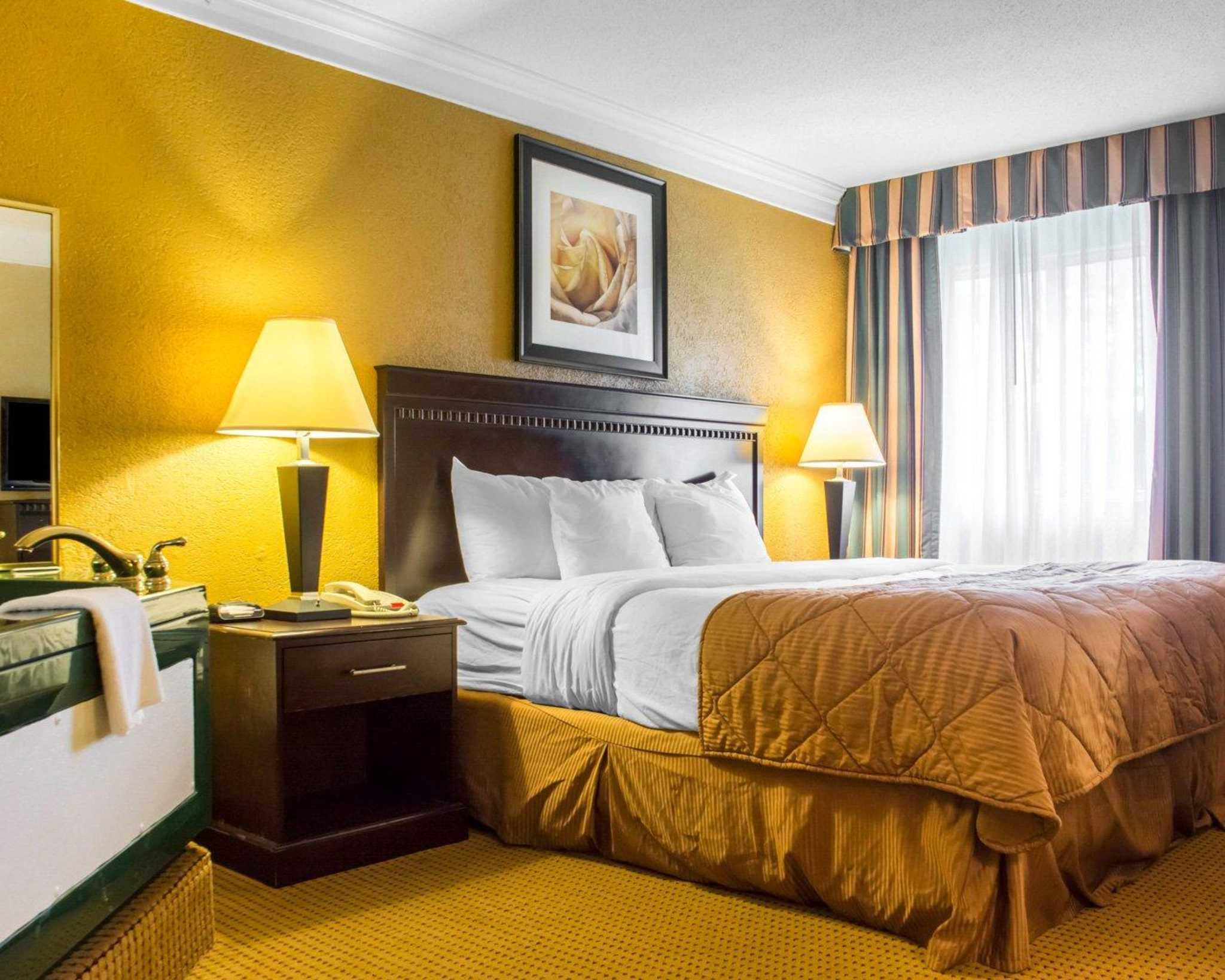 Quality Inn & Suites Fairgrounds image 19