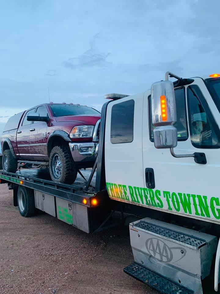 Three Rivers Towing & Recovery image 4