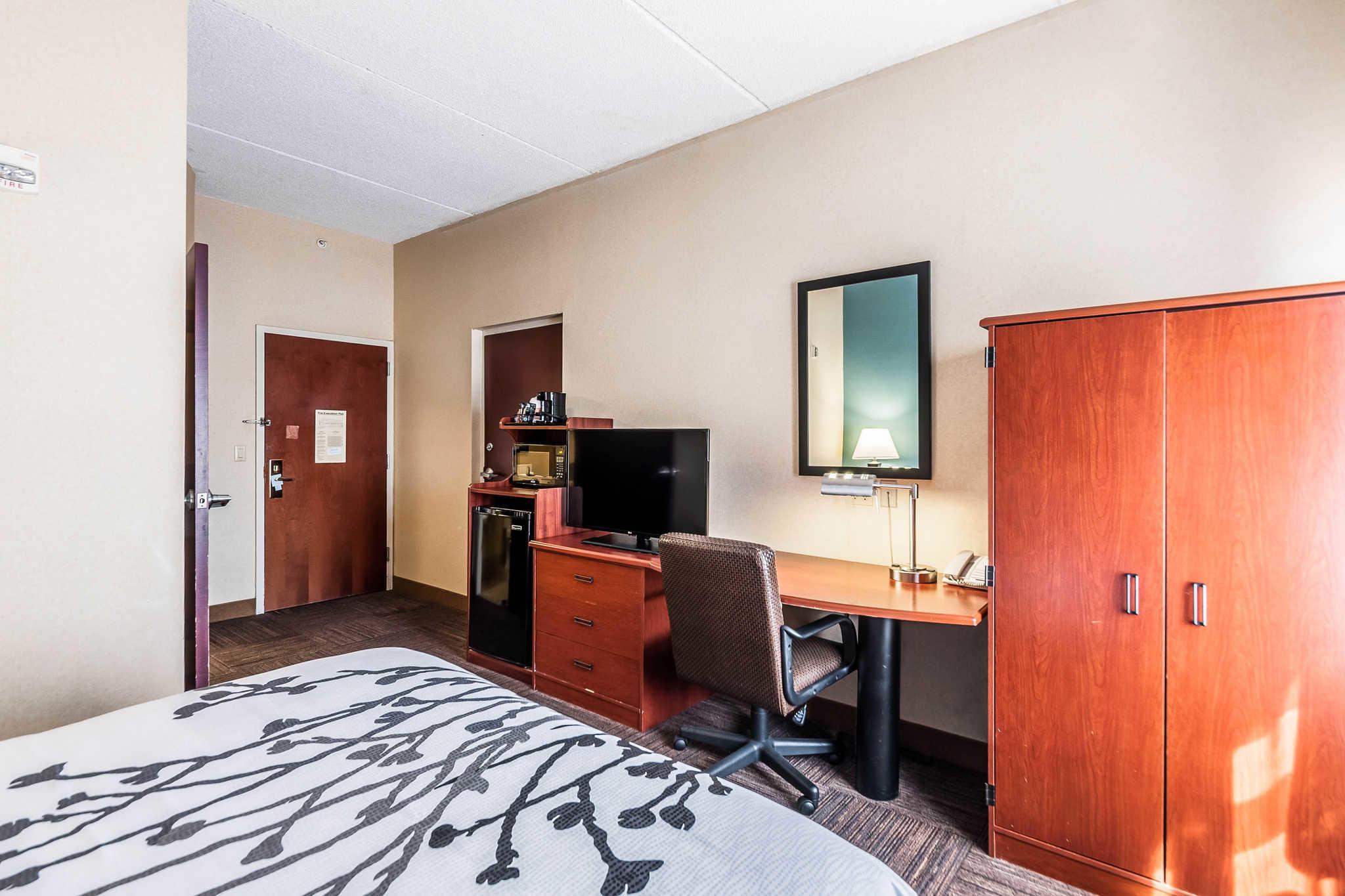 Sleep Inn & Suites Rehoboth Beach image 8