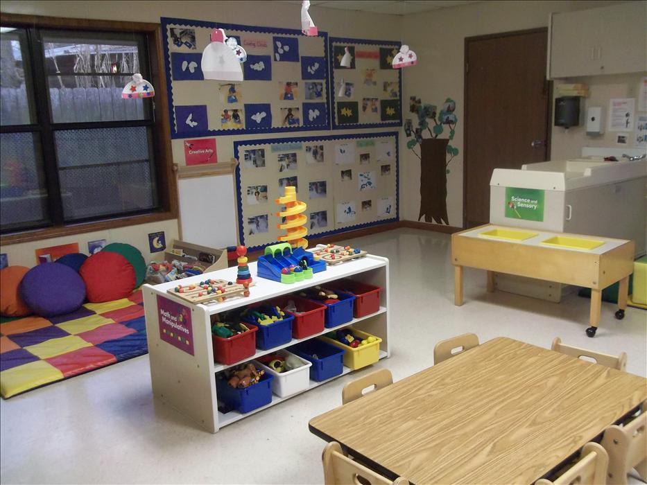 Greenwell Springs KinderCare image 3