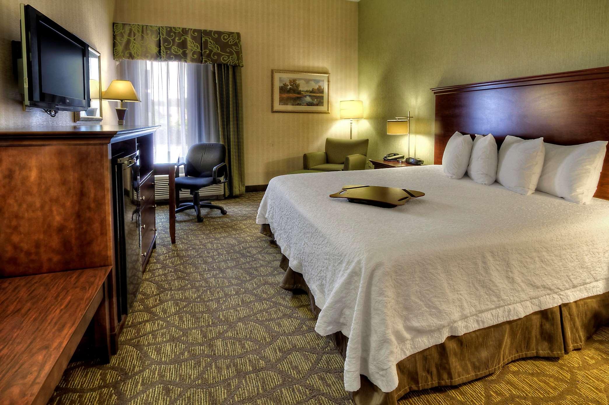 Hampton Inn Rocky Mount image 8