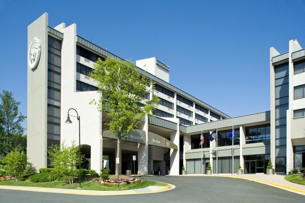 Hotels In Reston Va Near Town Center