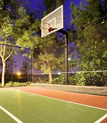Sport Court® - With our versatile Sport Court®, you can get a group together for a game of volleyball, enjoy a set of tennis or spend the day shooting some hoops on your own. We have all the equipment waiting for you.