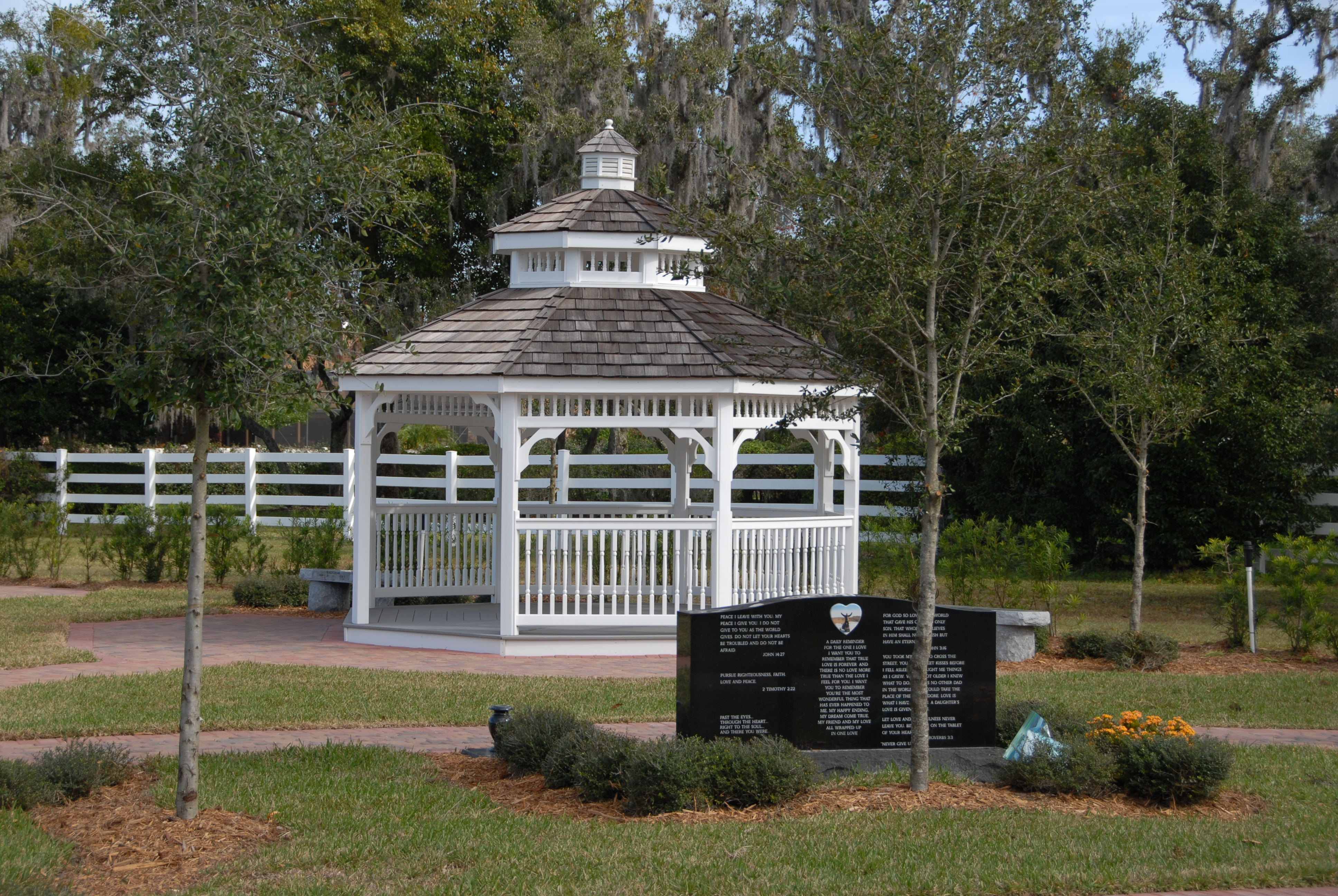 Osceola Memory Gardens Cemetery Funeral Homes & Crematory image 2