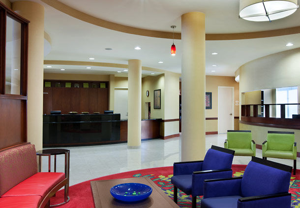 Courtyard by Marriott Houston Pearland image 4