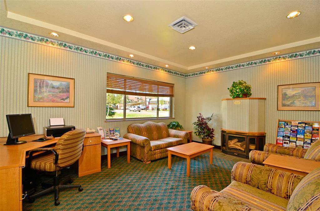 Americas Best Value Inn & Suites McCall image 17