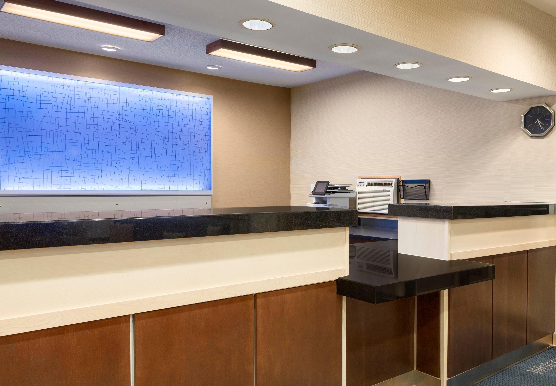 Fairfield Inn & Suites by Marriott Minneapolis-St. Paul Airport image 11