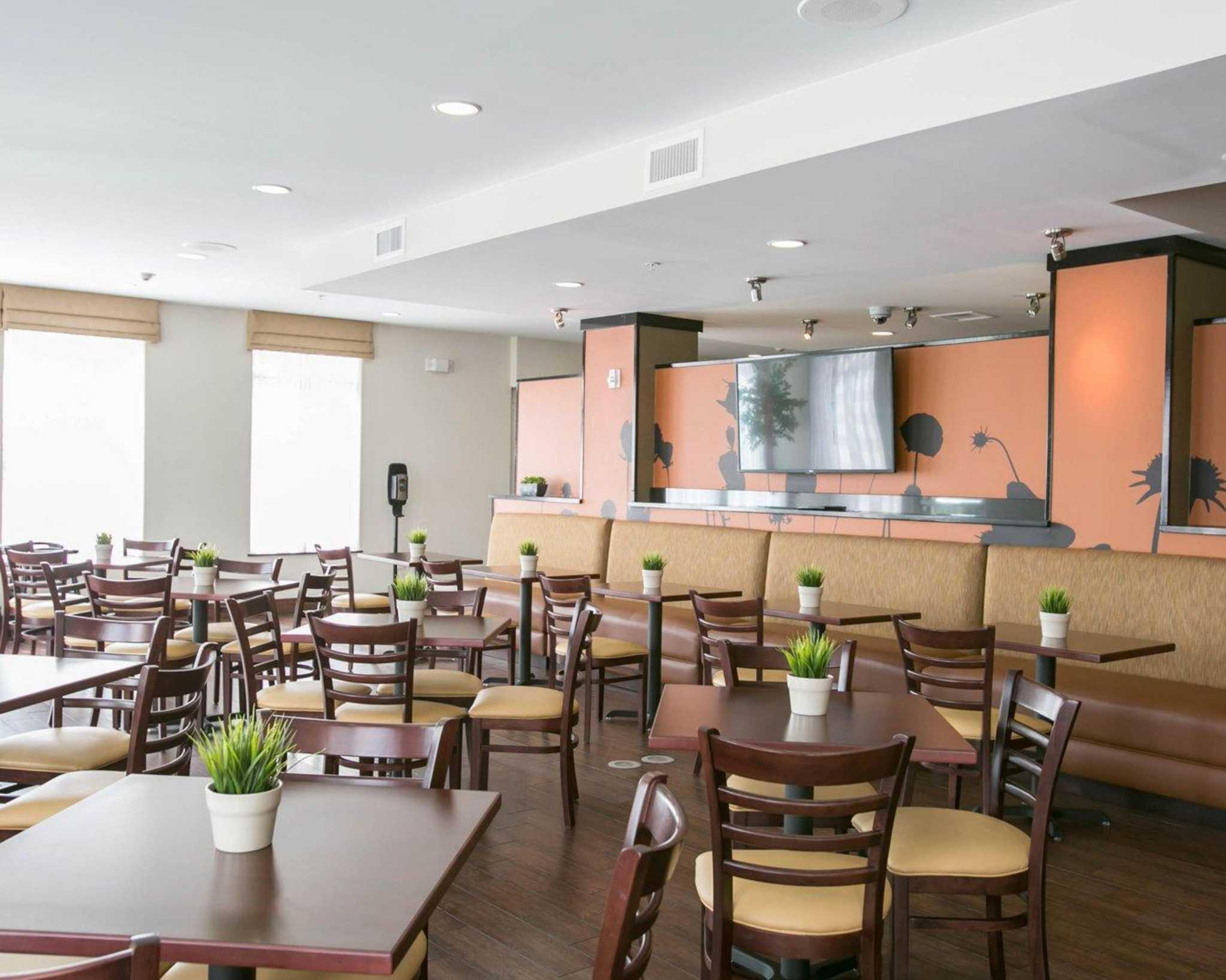 Sleep Inn & Suites Austin - Northeast image 16