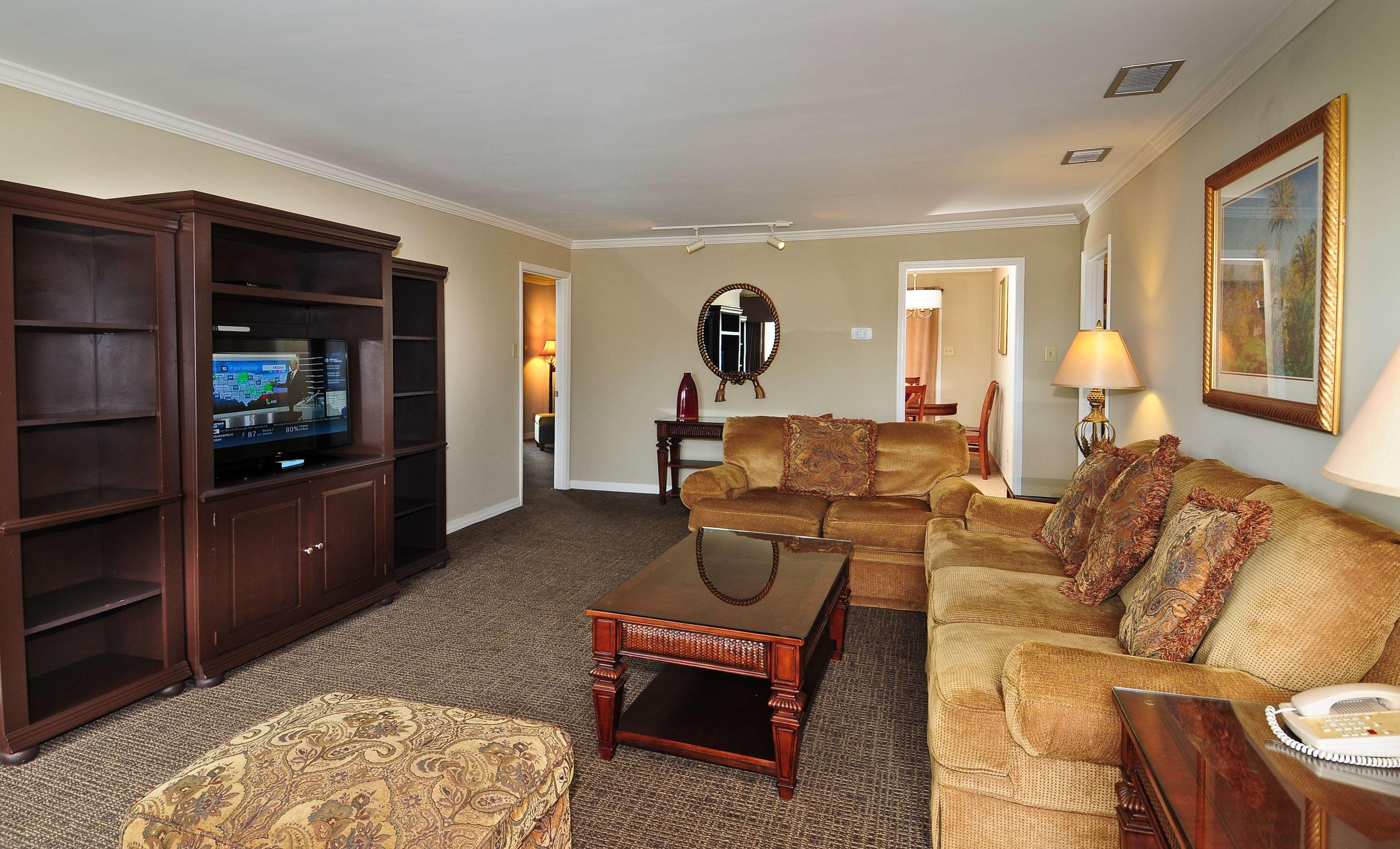 Best Western Plus Grand Strand Inn & Suites image 21