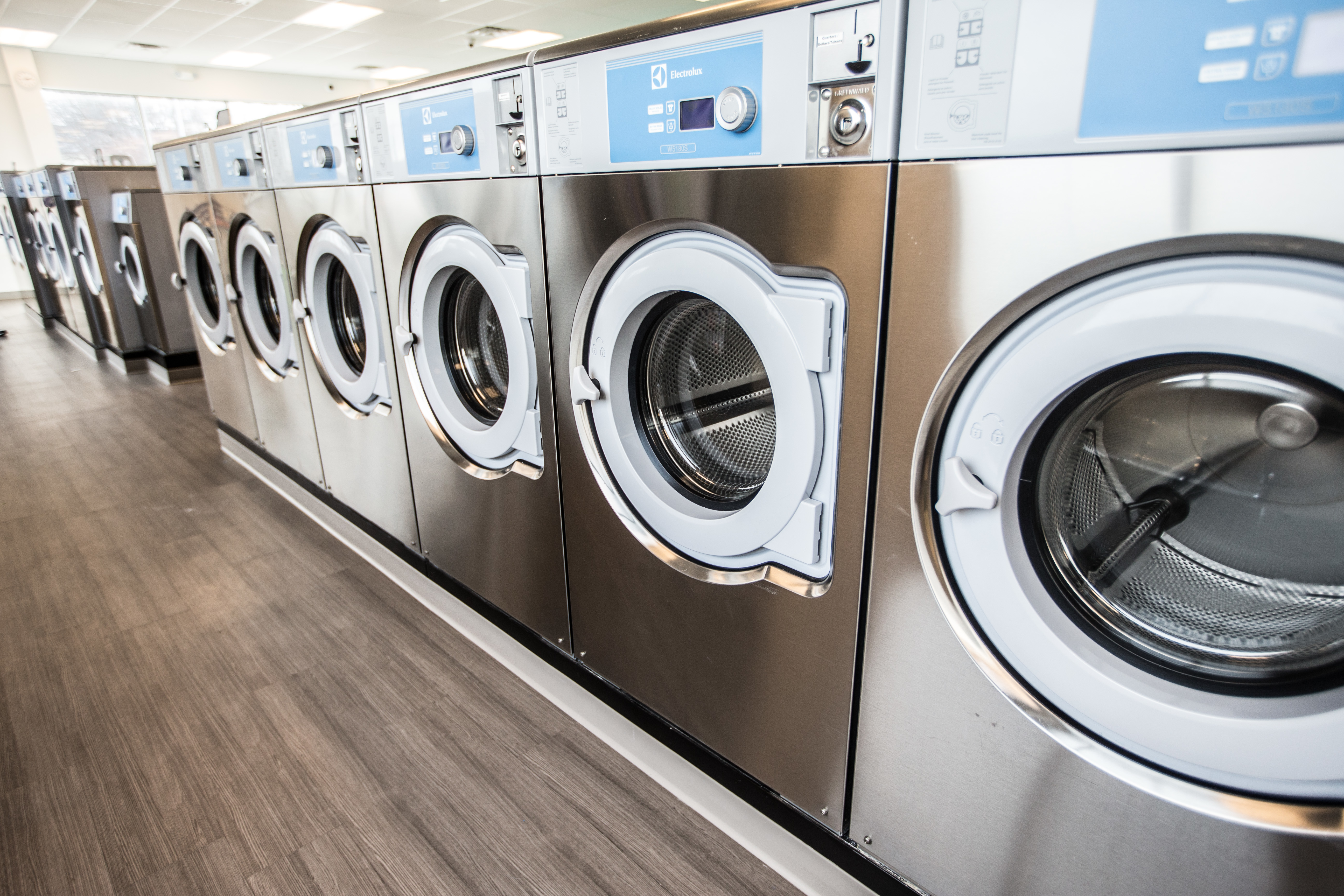 coin laundry shop near me