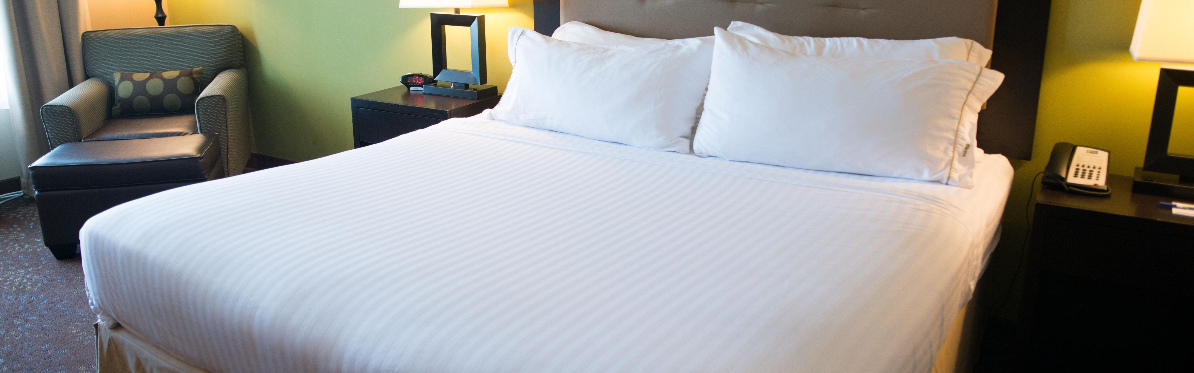 Holiday Inn Express & Suites Northwood image 1