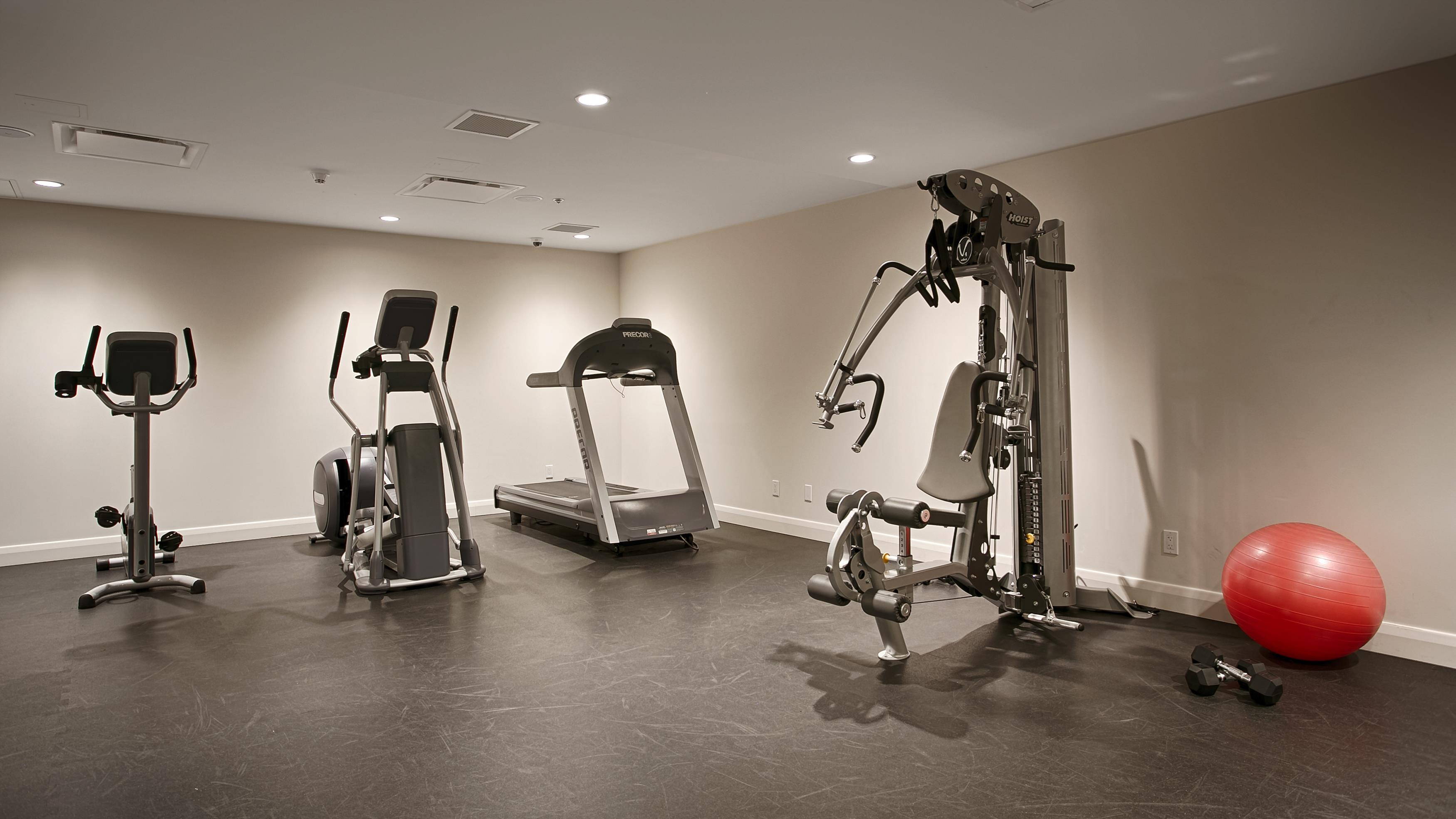 Best Western Plus Hotel Levesque à Riviere-du-Loup: Fitness Center