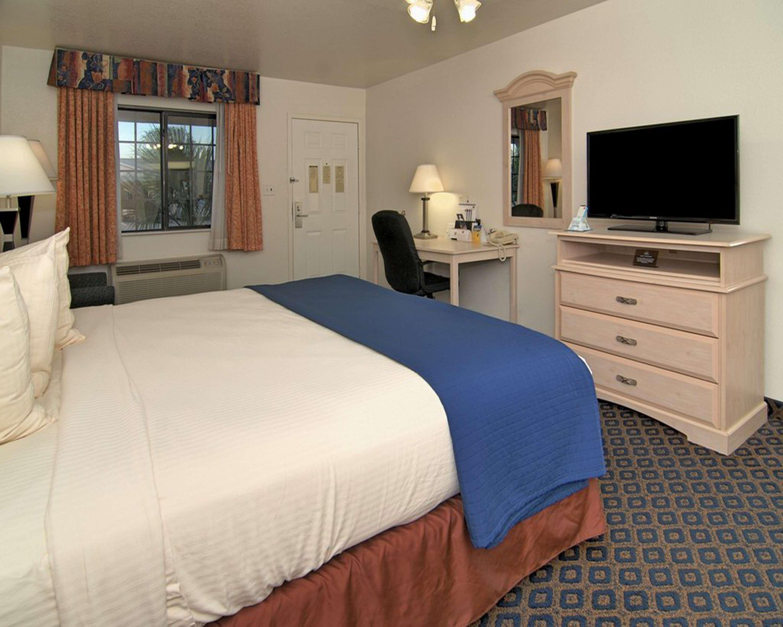 SureStay Hotel by Best Western Falfurrias image 49