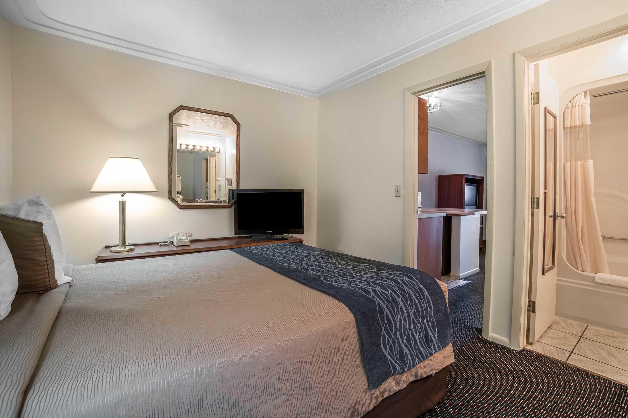 Rodeway Inn Pronghorn Lodge image 13