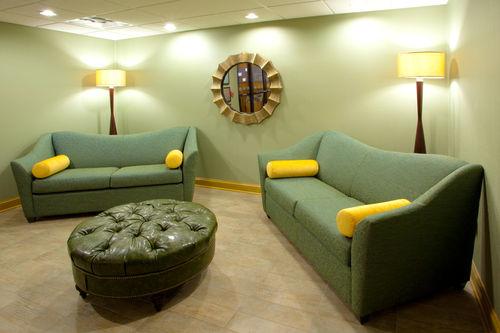 Holiday Inn Express & Suites Thornburg-S. Fredericksburg image 1