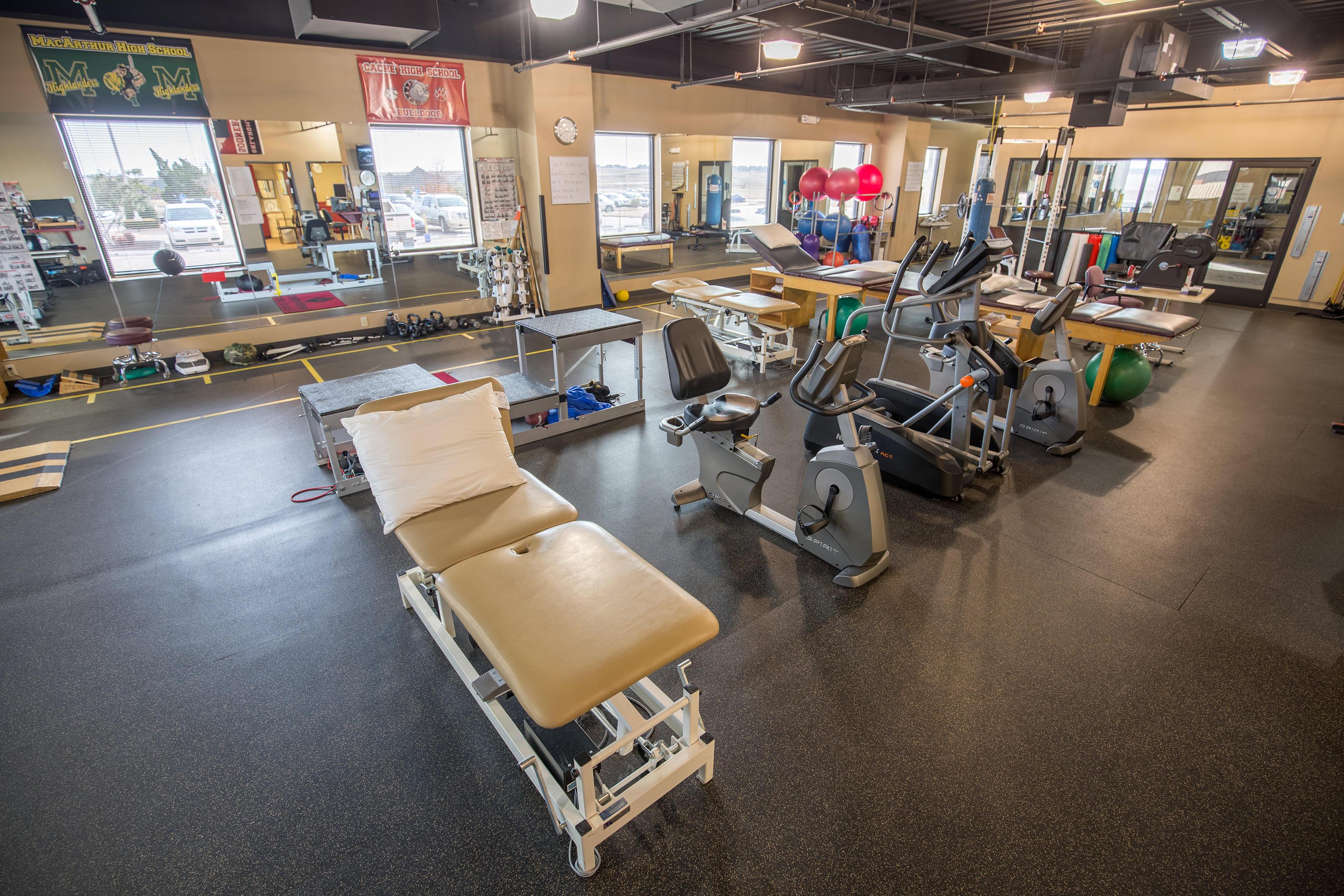 Center for Sports & Rehabilitation at Southwestern