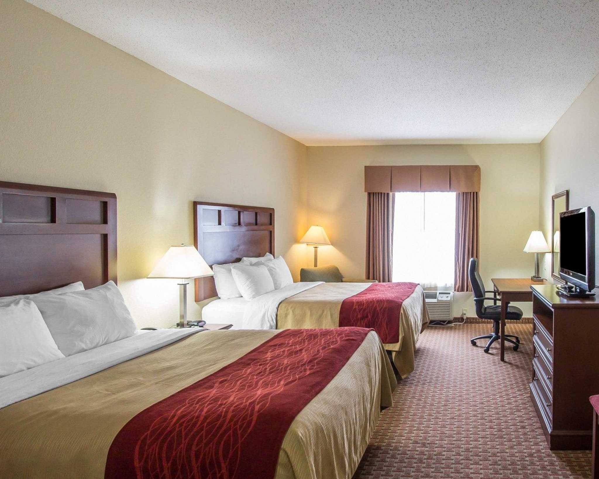 Comfort Inn Powell - Knoxville North image 1