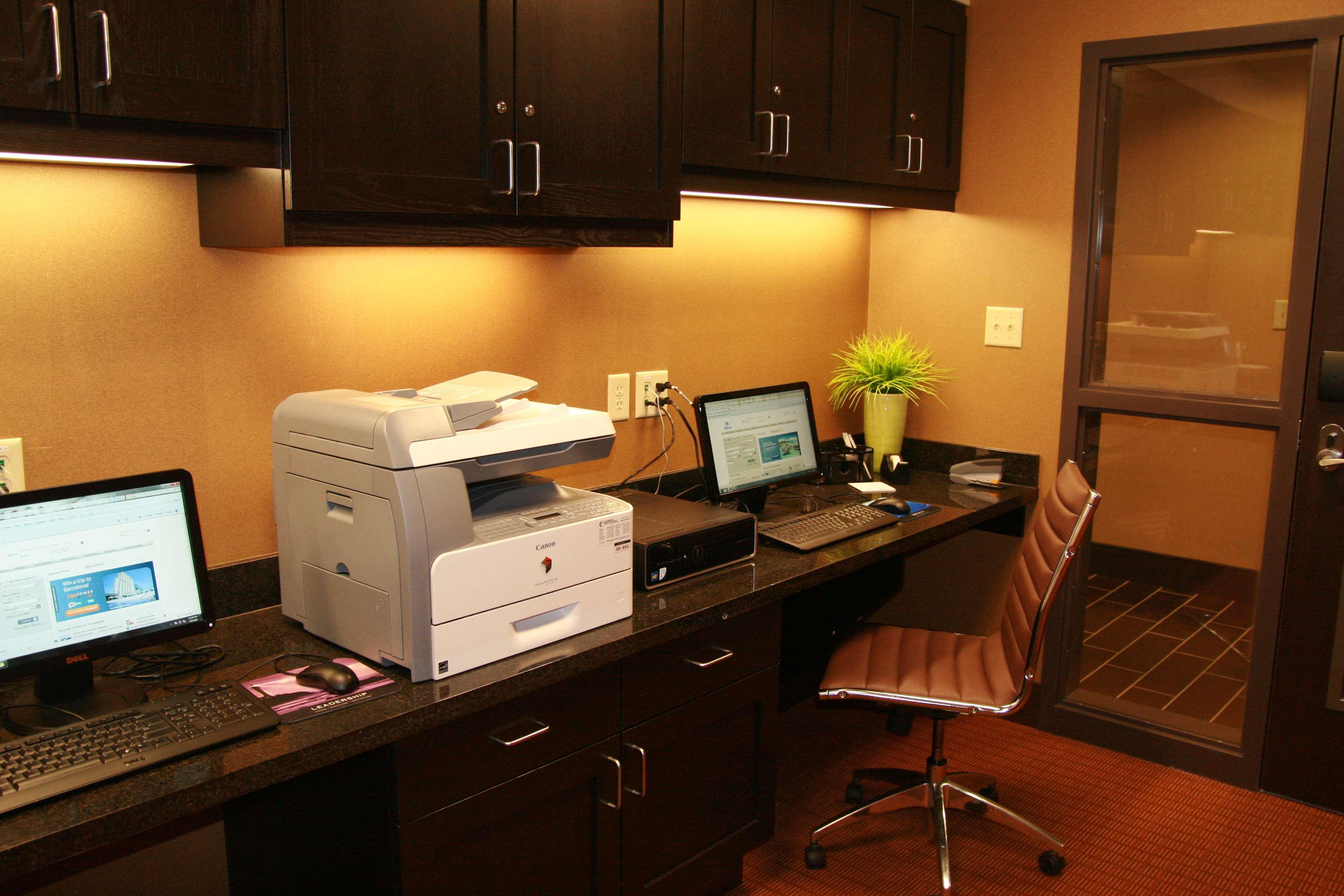 Hampton Inn & Suites Spokane Valley image 40
