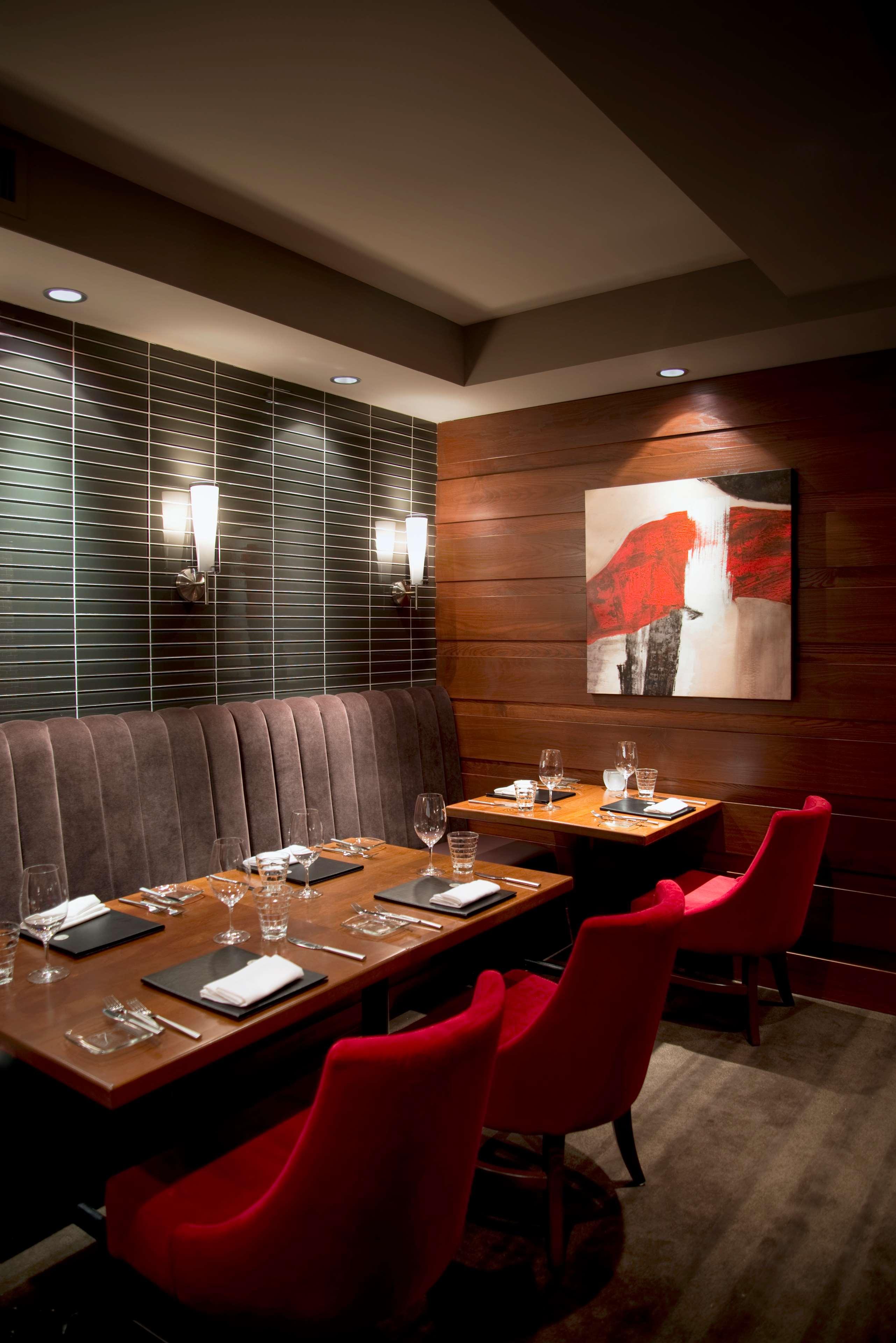 Sheraton Cavalier Saskatoon Hotel in Saskatoon: Carver's Steakhouse