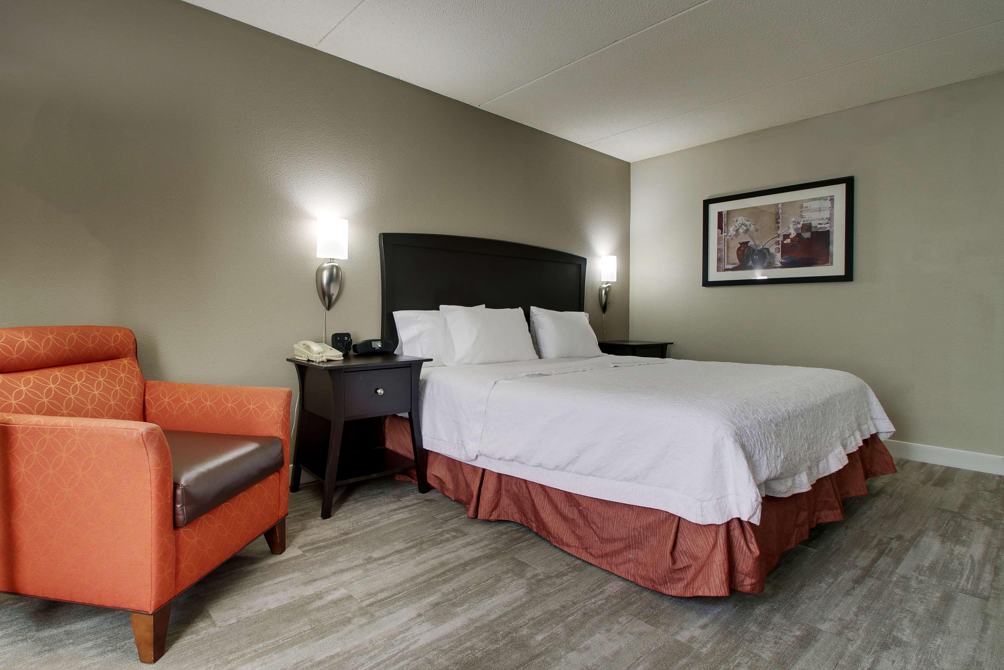 Hampton Inn & Suites Spartanburg-I-26-Westgate Mall image 16