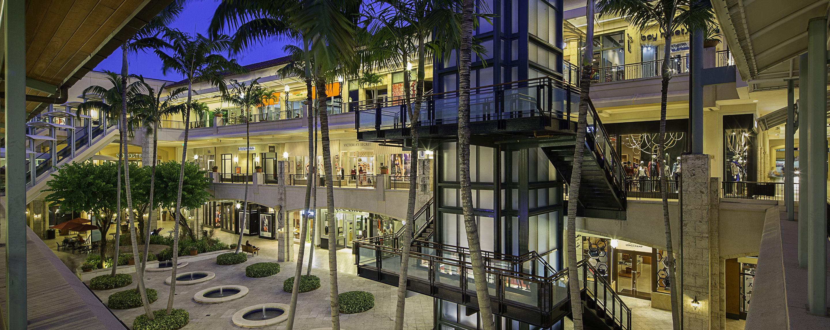 Shops at Merrick Park image 2