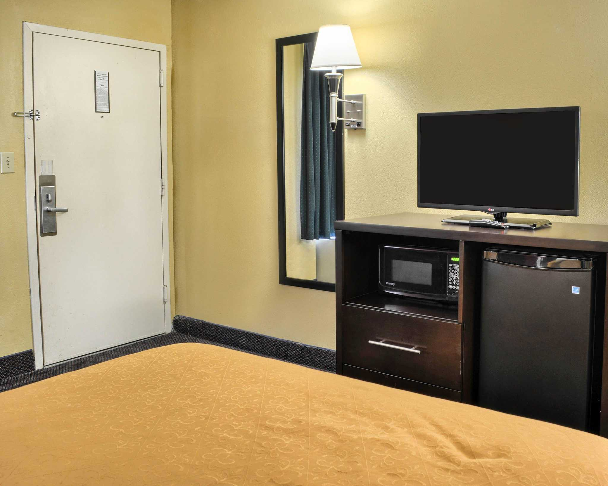 Quality Inn Fredericksburg, Central Park Area image 16