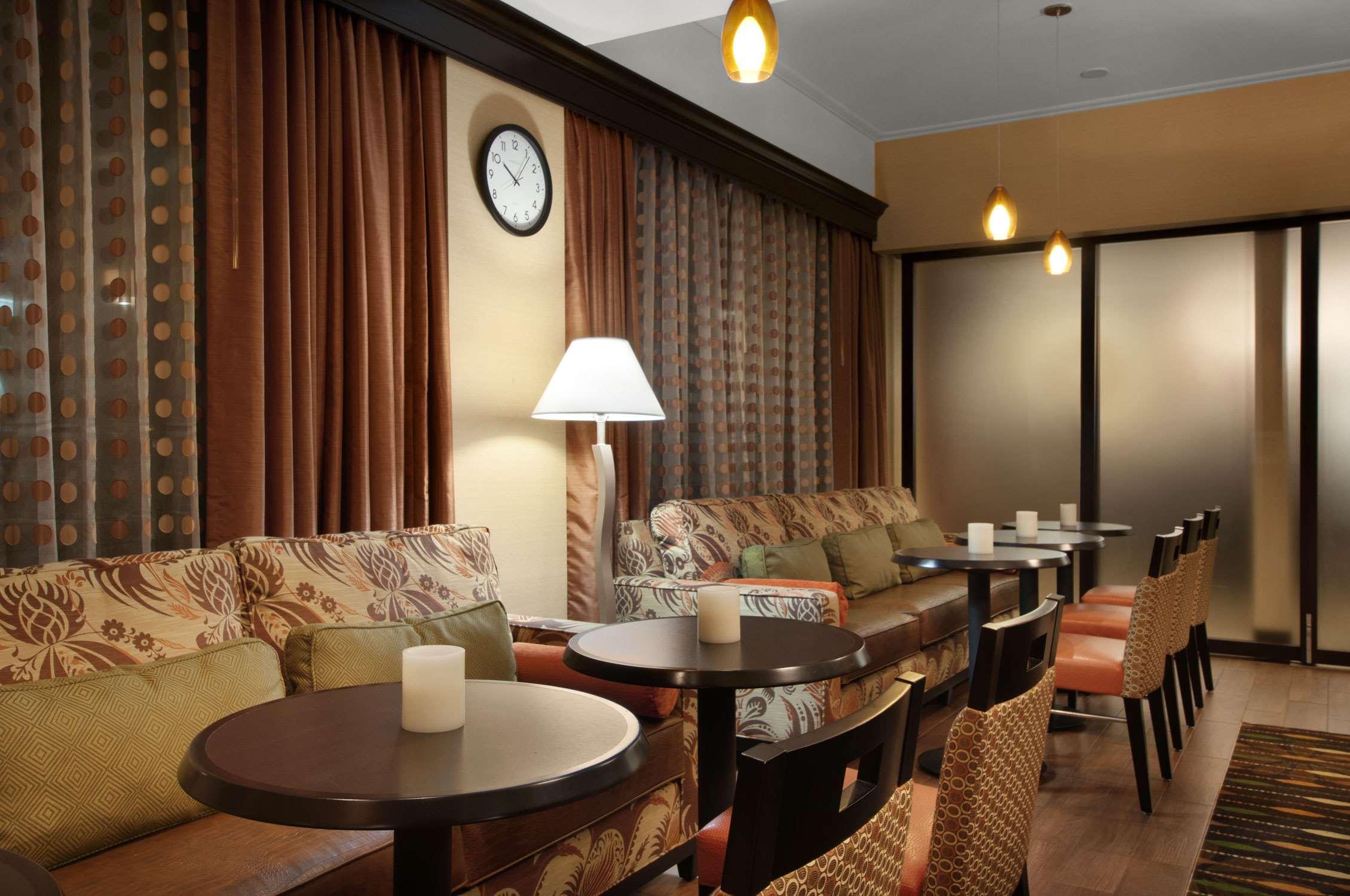 Hampton Inn Houston-Brookhollow image 4
