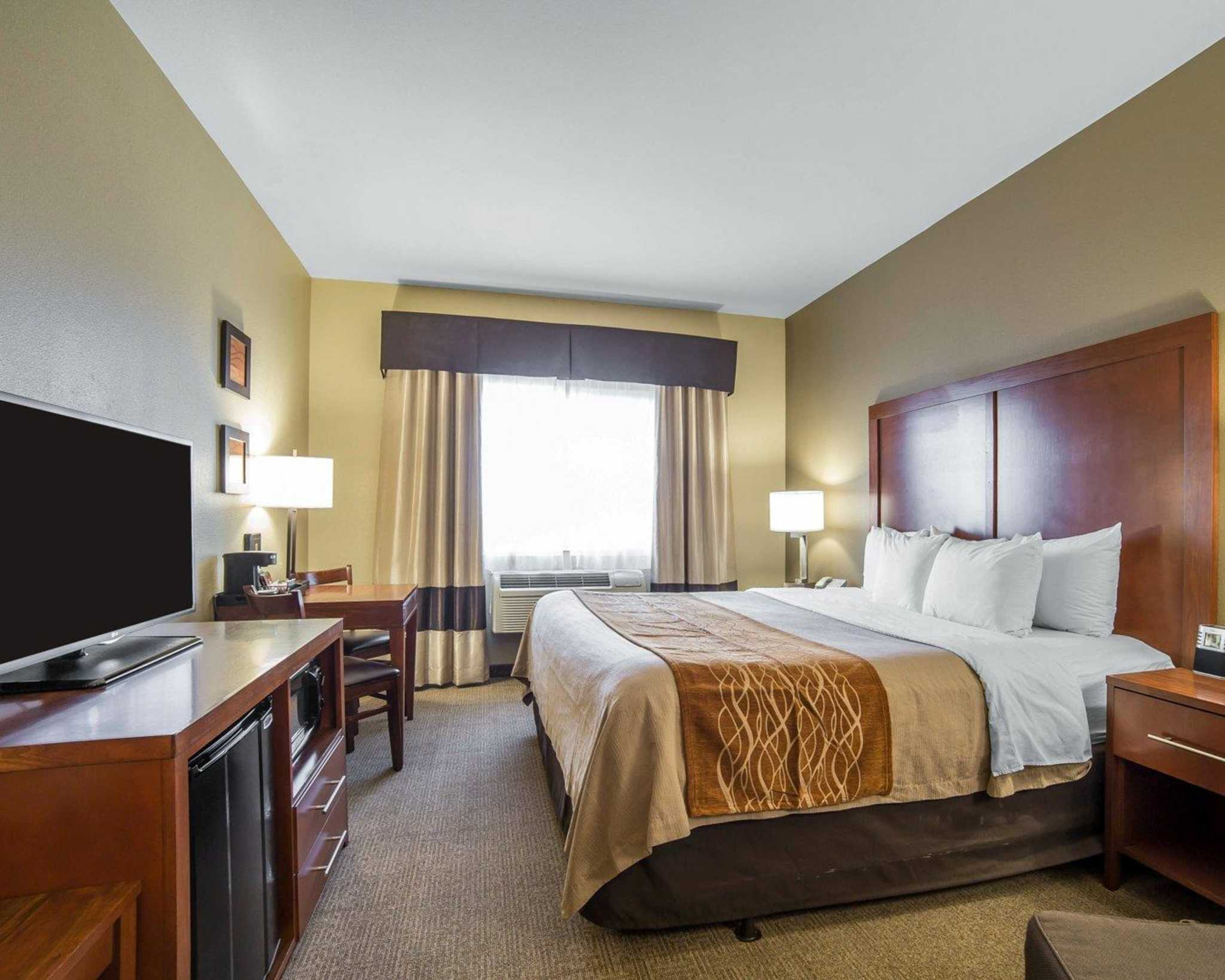 Comfort Inn Evansville-Casper image 14